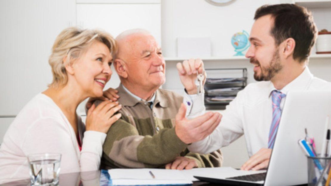 Puis-je demander un crédit hypothécaire après 59 ans ?