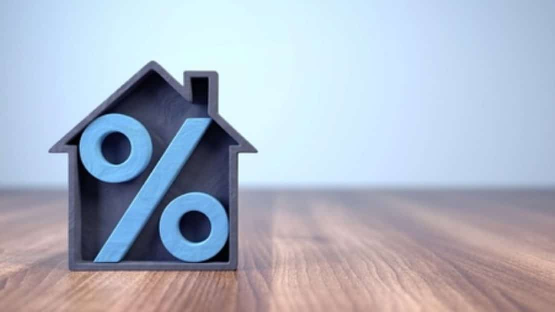 A la recherche du meilleur taux pour refinancer votre crédit hypothécaire ? Besoin d'un conseil avant de prendre une décision, contactez-nous ! Crédit Ransart : 071/35 35 37 Crédit Couvin : 060/21 12 32